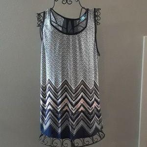 Women's XL Sleeveless Top by Julie's Closet
